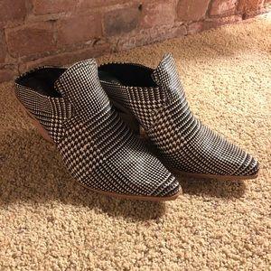 Gianni Binni Block Heel Western Mules